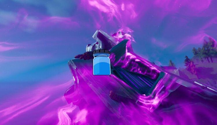 A Crystalline Blue Ink Bottle in Fortnite
